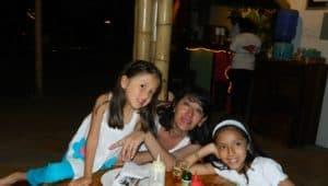 Lucia, Carolina y Sofia enjoying one of their favorite beach in Ecuador.